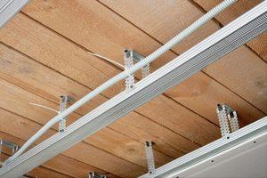 Монтаж кассетных потолков открытого типа