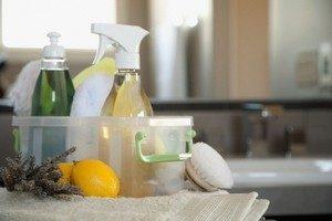 Как убрать грибок на потолке в ванной комнате?