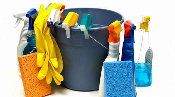 Как ухаживать и мыть глянцевые натяжные потолки фото 3