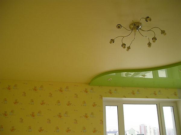 моем натяжной ротолок на кухне фото 3