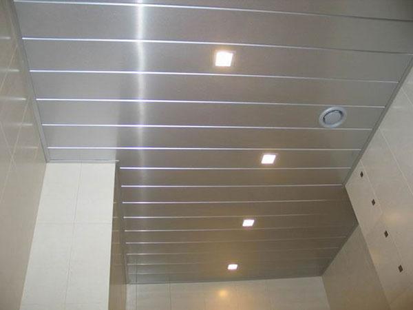 как и чем мыть подвесной потолок фото 1