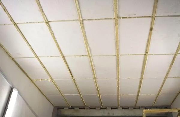 утепление потолка пенопластом фото 3