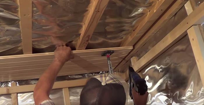 Ремонт деревянного потолка фото 6