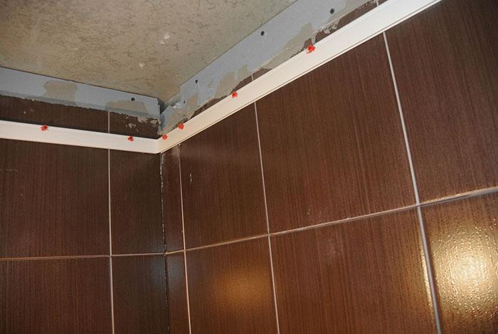натяжной потолок в ванной фото 7